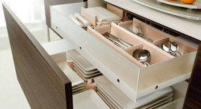 kitchen cabinet design for small spaces