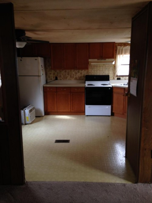 mobile home renovation -kitchen before