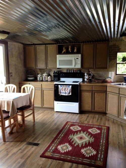 Mobile home renovation professional artist creates rustic for L interieur trailer