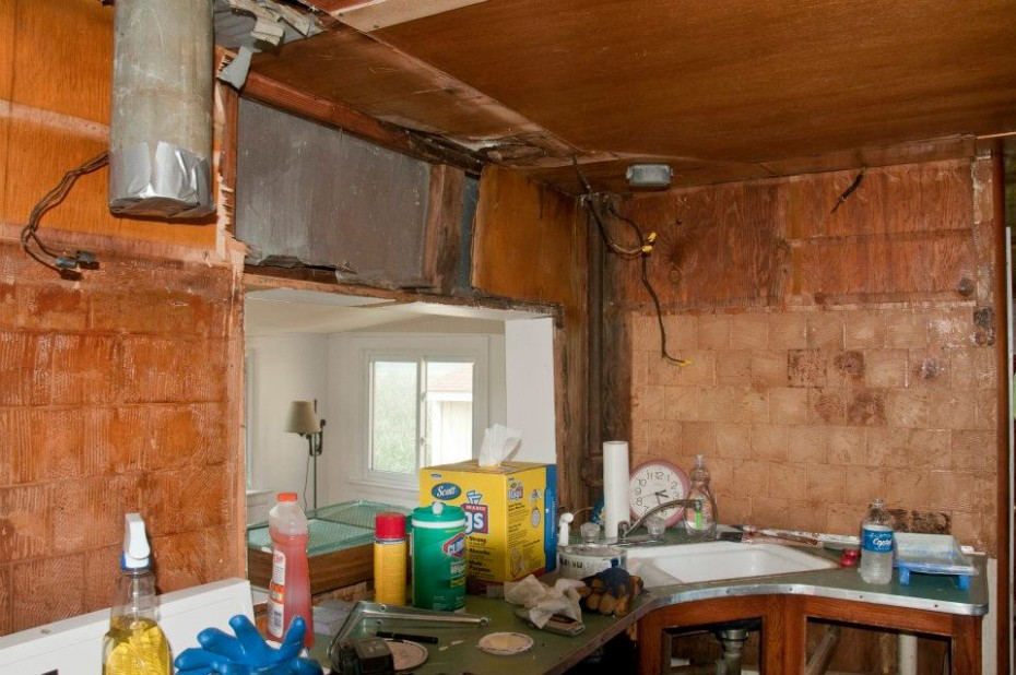 kitchen gutted in mobile home remodel