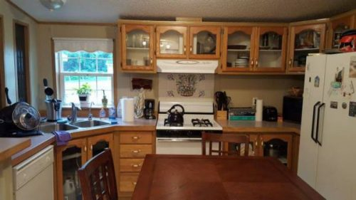 10 Awesome Craigslist Mobile Home Ads from June 2017 - PA single wide for less than $25,000