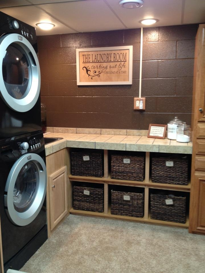 laundry-room makeover ideas 4