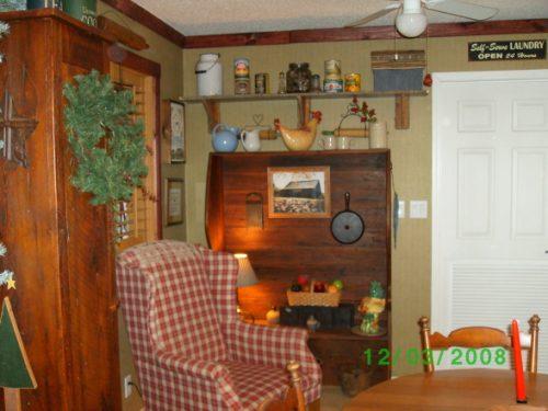 living room decorarting styles - primitive