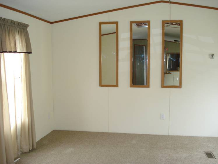 making low ceilings appear taller in a mobile home