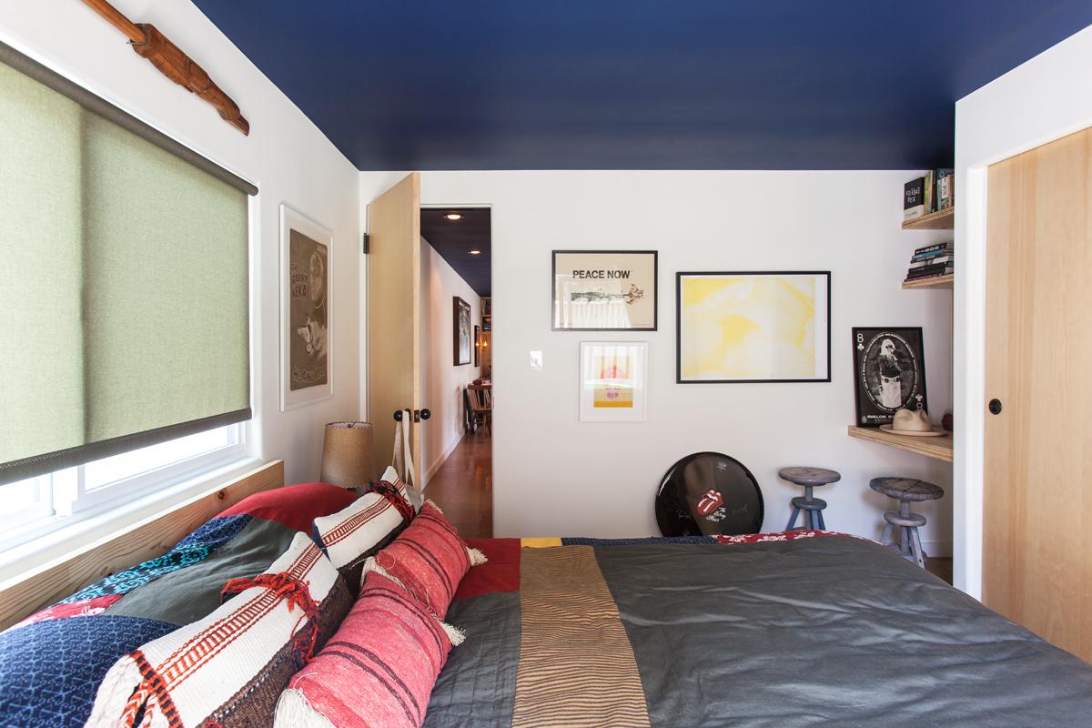 mobile home makeover-malibu mobile home master bedroom remodel
