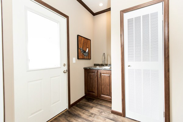 Manufactured home design series-laundry room