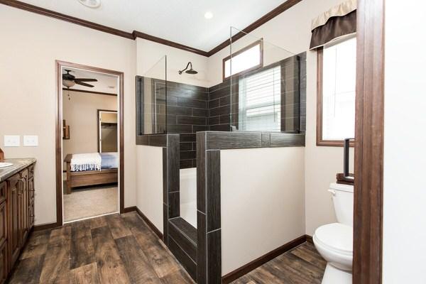 manufactured home design series-master bath 1