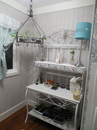 manufactured home laundry room makeover - after 2