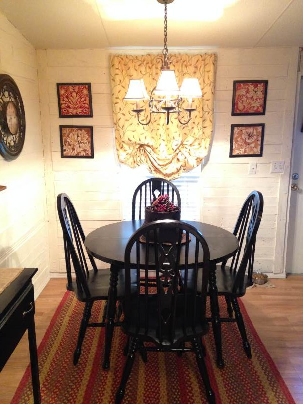 Farmhouse Inspired Manufactured Home Makeover  (dining room)