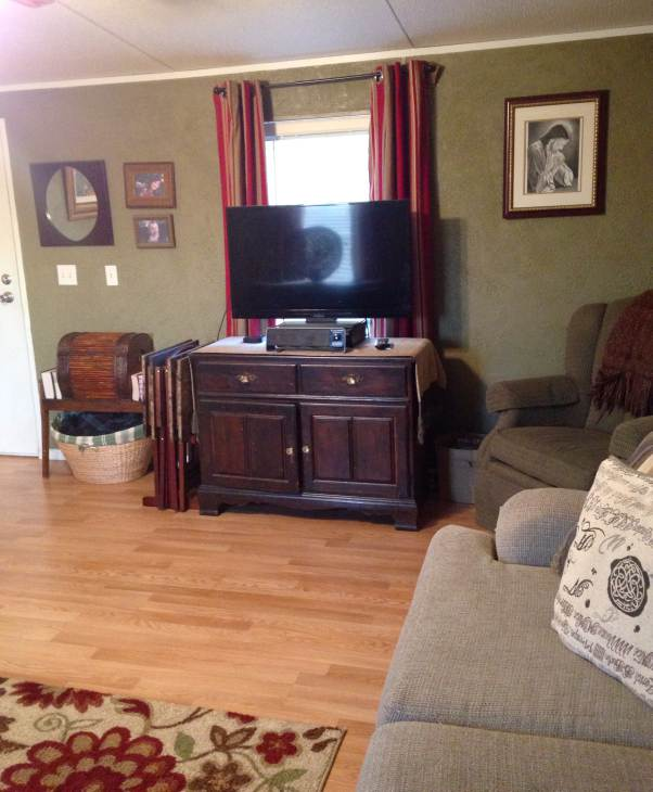 Farmhouse Inspired Manufactured Home Makeover (living room after 3)