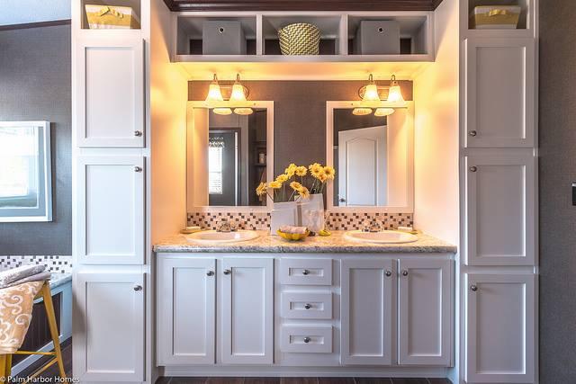 Modern manufactured home design - new master bathroom design