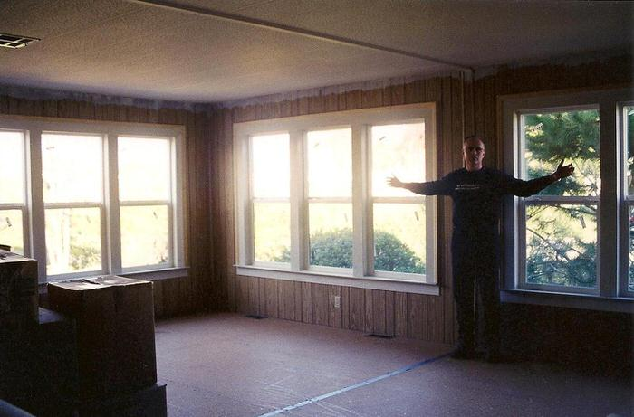 Top 3 mobile home makeover ideas to give an old mobile home new life -after installing windows