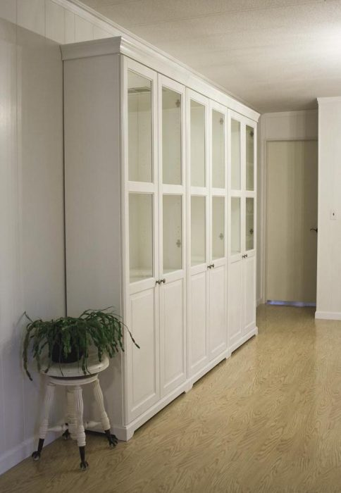 Top 3 mobile home makeover ideas to give an old mobile home new life - million dollar double wide-side angle of book case