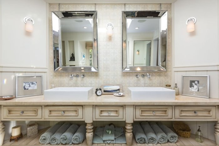 Manufactured Home Bathroom Decor