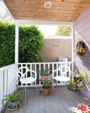 million dollar mobile home - minimalist cottage style manufactured home in Malibu - cute porch