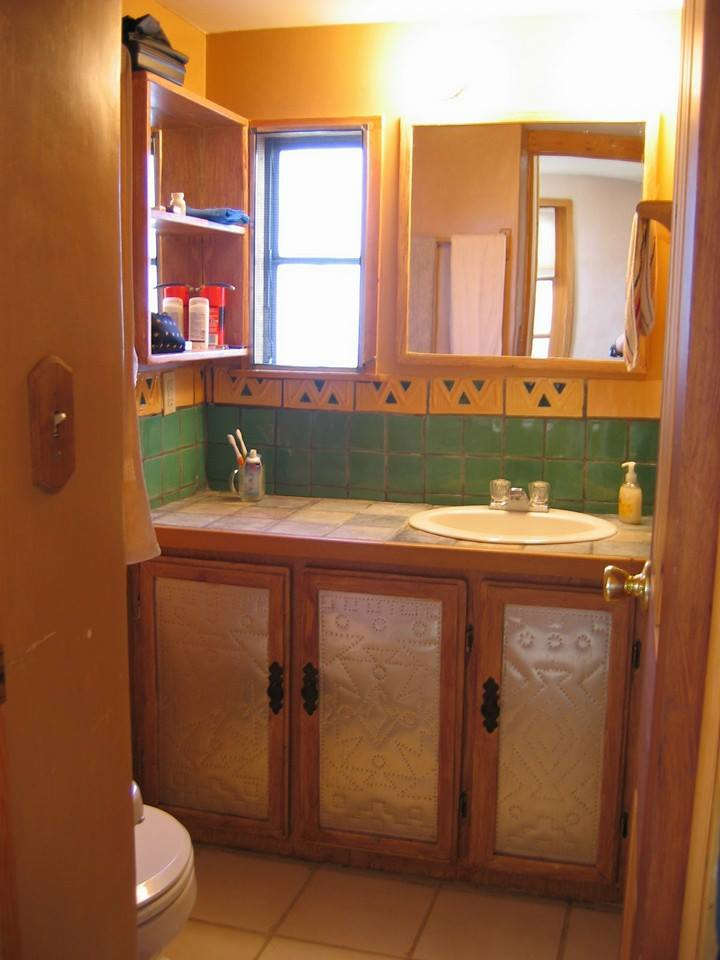 mobile home bathroom - southwest home decor