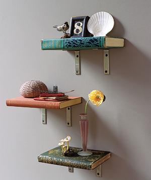 mobile home decor ideas-books as shelves