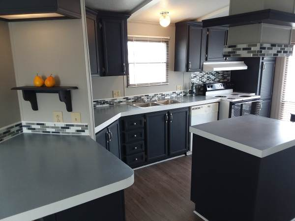 mobile home finds-springfield kitchen