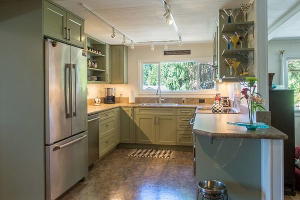 This designer mobile home kitchen renovation will make you for 1990 kitchen cabinets