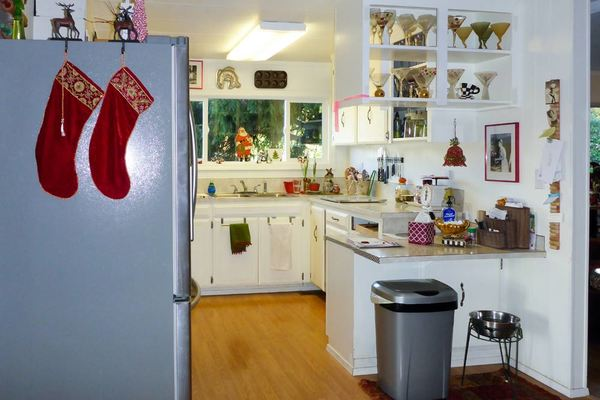 mobile home kitchen renovation-old cabinets