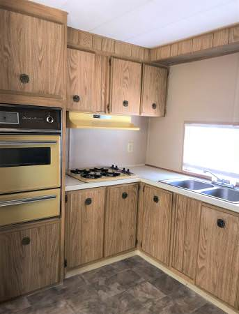 Mobile home listings-1971 kitchen