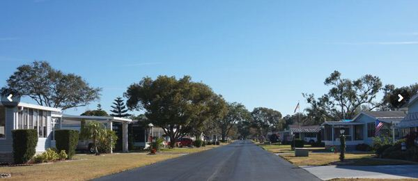 buying a mobile home in florida-winter haven community