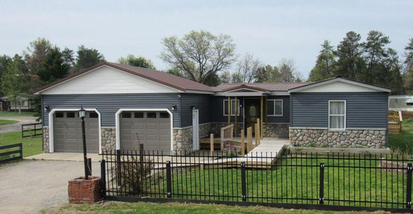 buying a mobile home in Michigan-addition and garage