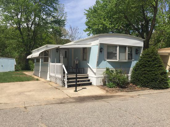 buying a mobile home in Michigan-single wide