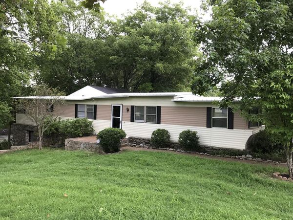 Buying a Mobile Home in Tennessee-single wide over basement