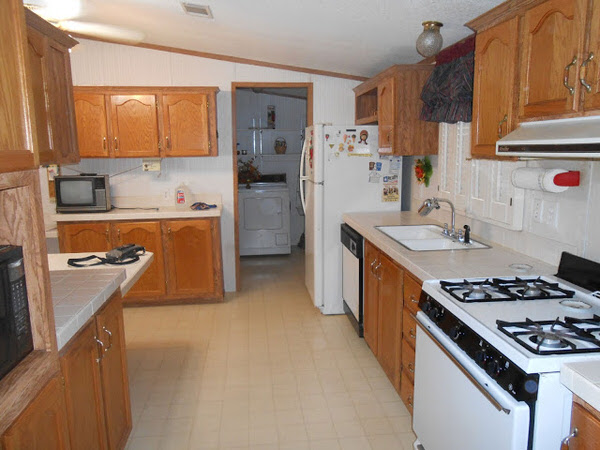 mobile home remodels-gorgeous double wide makeover kitchen before