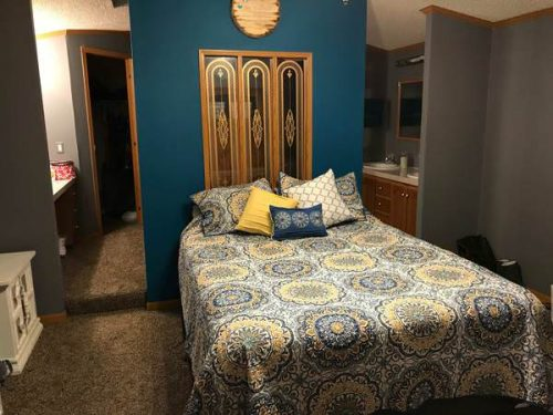 mobile homes for sale this Spring-kansas bedroom