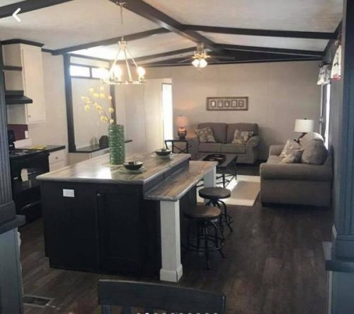 mobile homes for sale this Spring-miss. living room