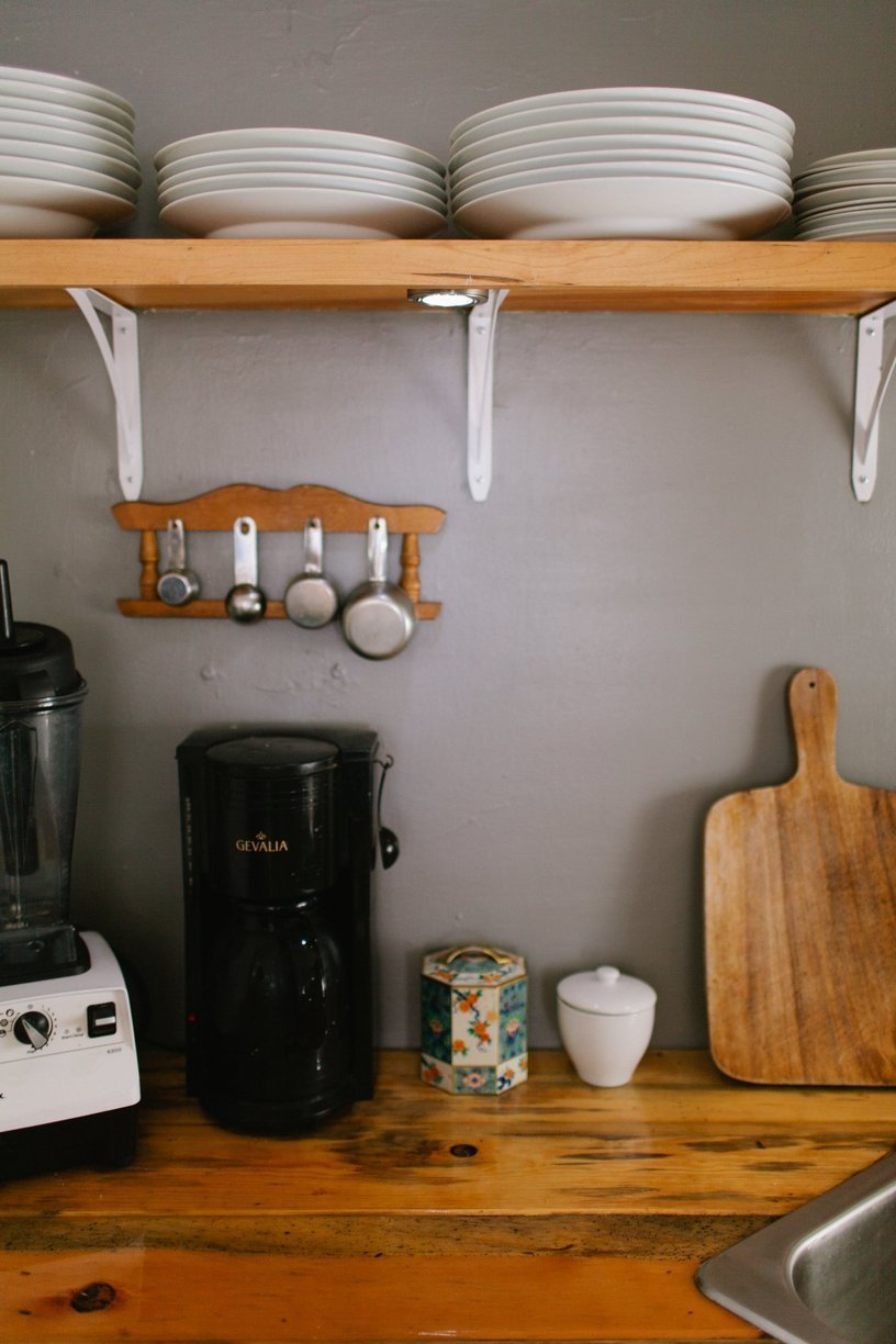 mobile home decor-modern kitchen in mobile home 2