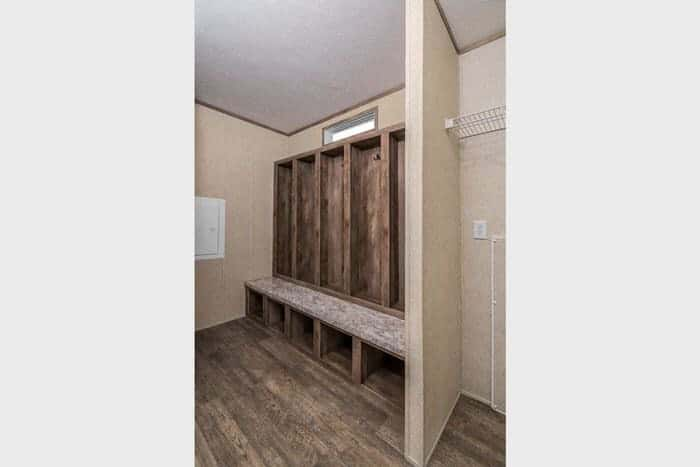 Modern manufactured home models-foundations 700 utility room