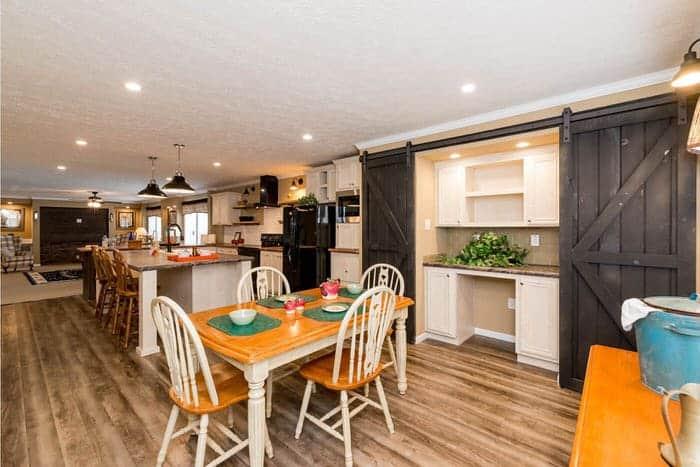 modern manufactured home models-Ridgecrest 6010 dining and kitchen 1 (1)