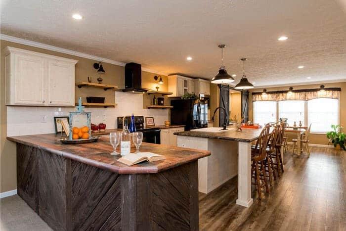 modern manufactured home models-Ridgecrest 6010 dining and kitchen