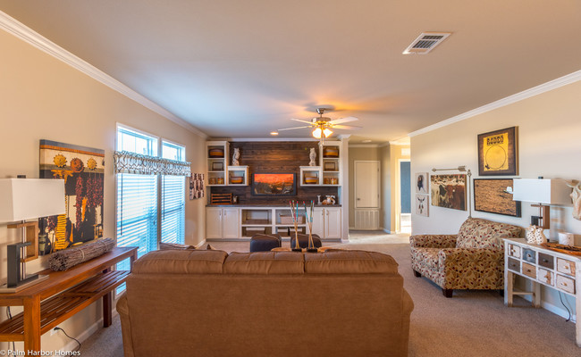 new mobile home design-the sonora II family room