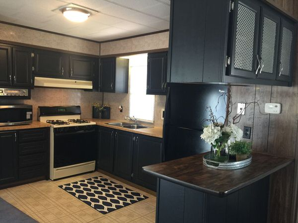 online mobile homes for sale-1979 Squire-kitchen