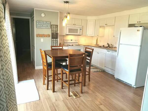 online mobile homes for sale-festival kitchen