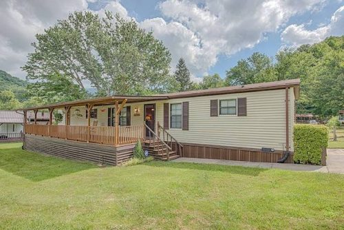 our favorite manufactured home ads from August 2017 - VA single wide
