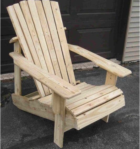 Pallet projects-adirondack chair