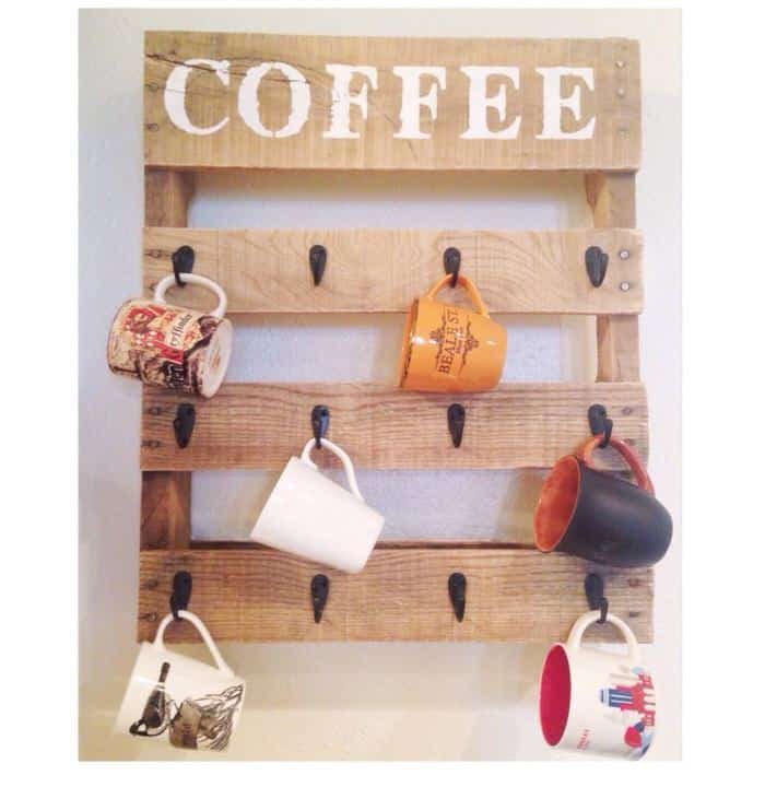 pallet projects-coffee cup holder