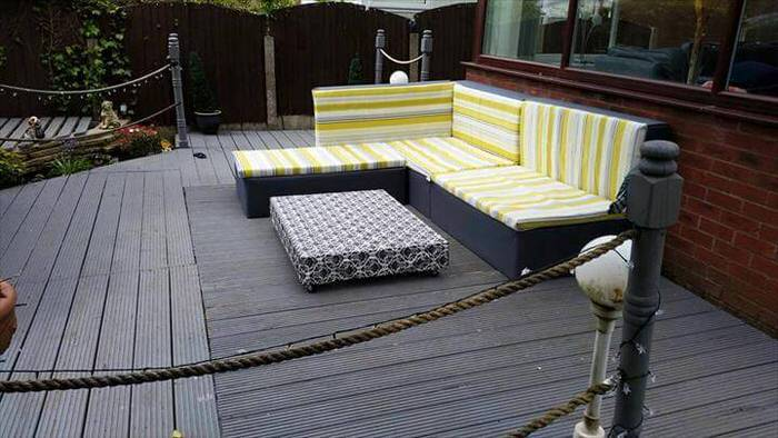 Pallet projects-deck furniture