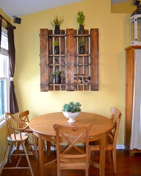 pallet projects-decorative shelf