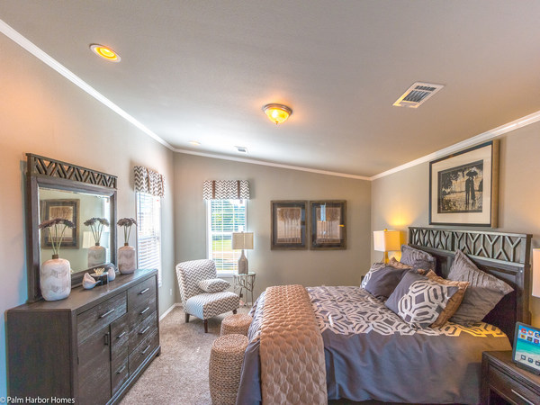 Palm harbor manufactured home design-master bedroom