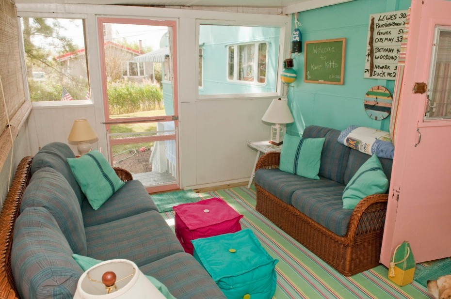 enclosed porch on mobile home madeover