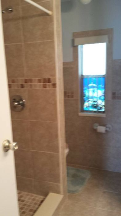 10 Awesome Craigslist Mobile Home Ads from June 2017 - FL double wide bathroom remodeled