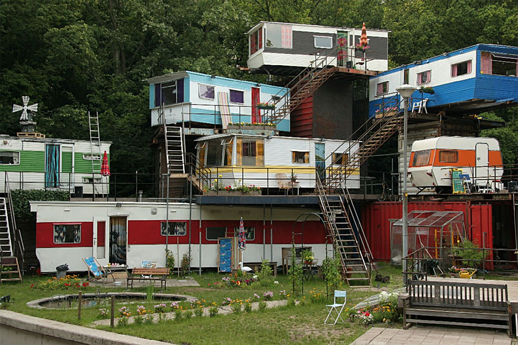 Unique Mobile Homes Highrises Of The Past Present And Future