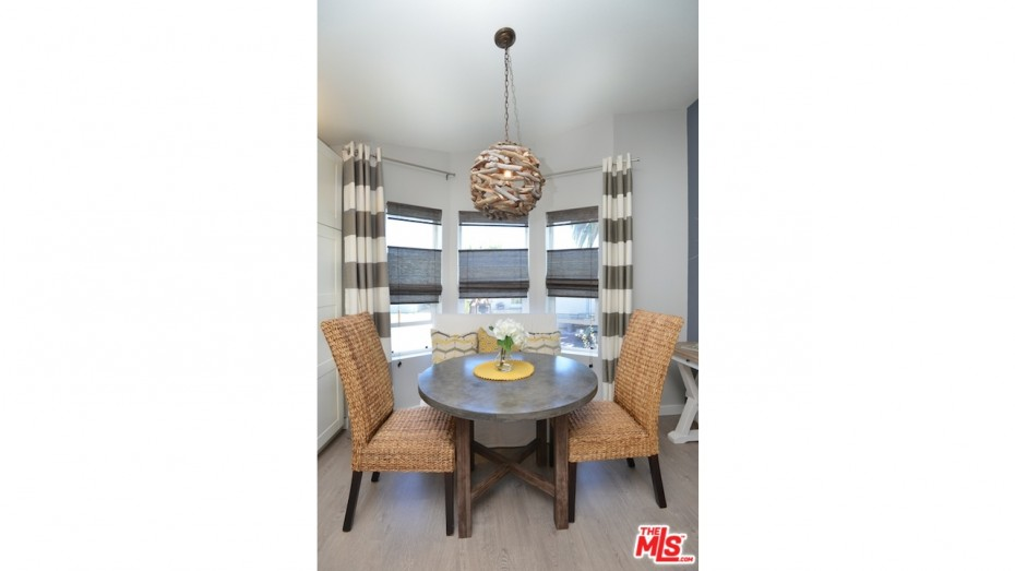 remodeled manufactured home ideas - dining room 4
