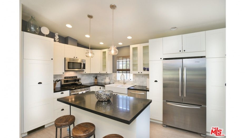 mobile home remodeling ideas - use lots of different lighting